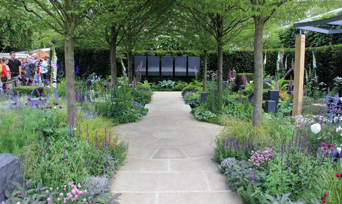RHS CHELSEA FLOWER SHOW – Wowed By The Amazing Gardens