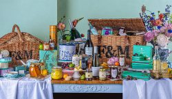 LUXURY LOCKDOWN HAMPERS